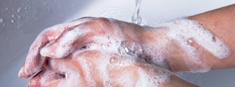 Lavage des mains avec du savon